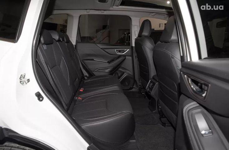 Subaru Forester 2020 белый - фото 14