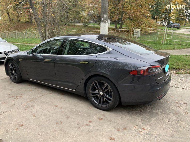 Tesla Model S 2015 серый - фото 5