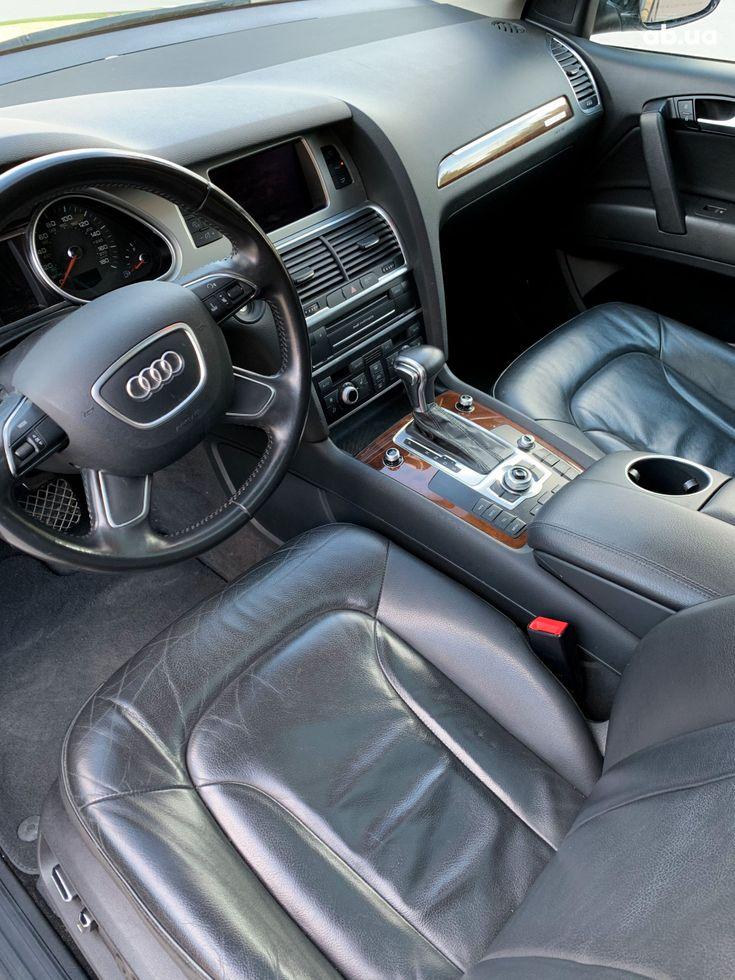 Audi Q7 2012 черный - фото 12