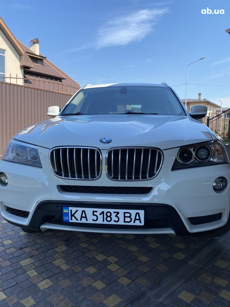 BMW X3 2011 белый - фото 4