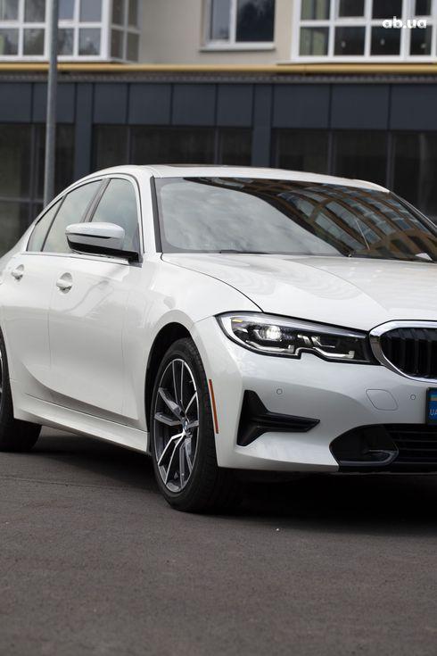 BMW 3 серия 2019 белый - фото 14