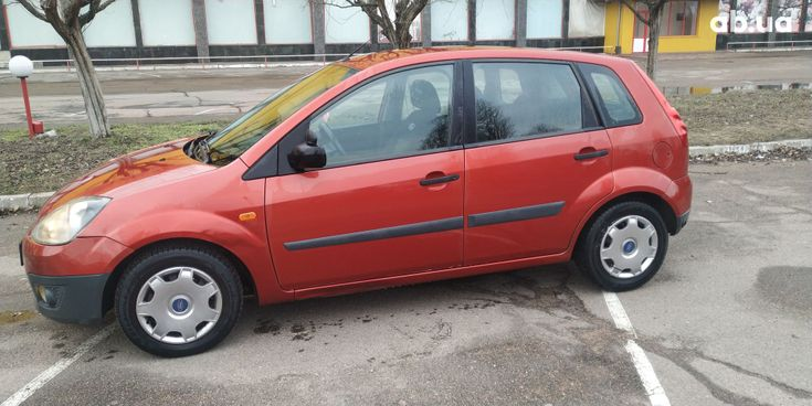 Ford Fiesta 2008 красный - фото 2