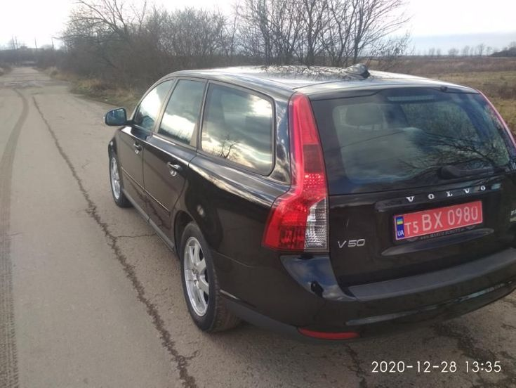 Volvo V50 2009 черный - фото 5