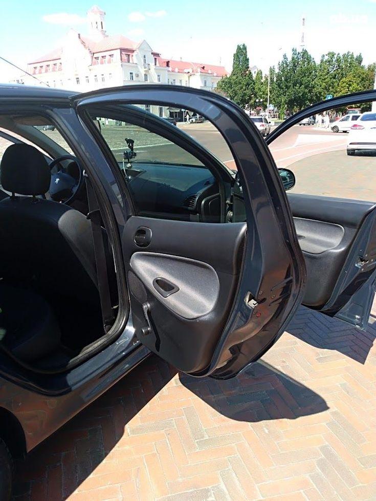 Peugeot 206 2009 серый - фото 7