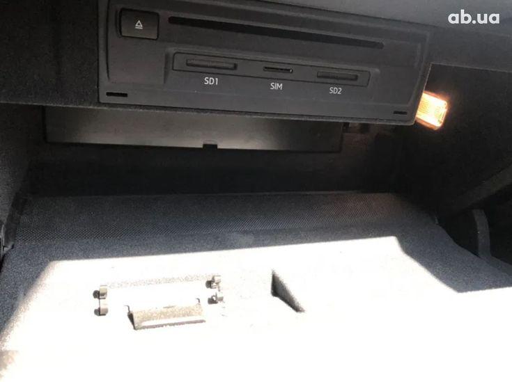 Audi A3 2018 белый - фото 18