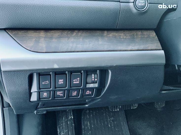 Subaru Outback 2017 белый - фото 19