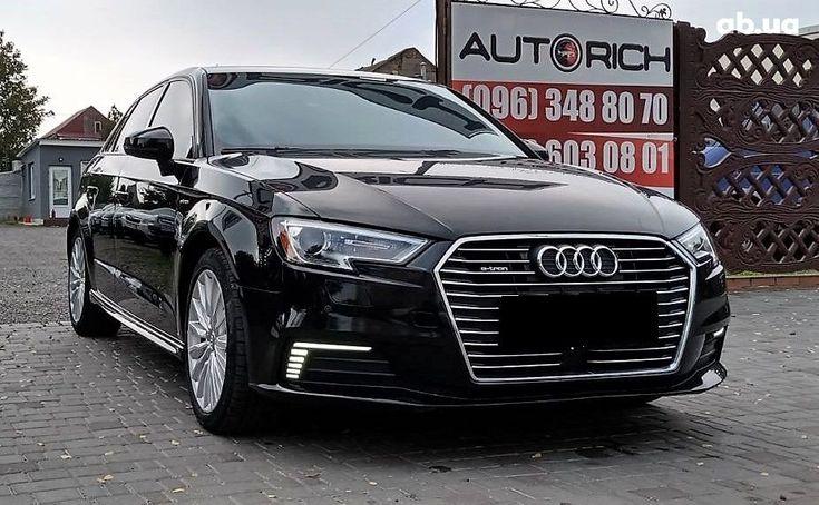 Audi A3 2017 черный - фото 1