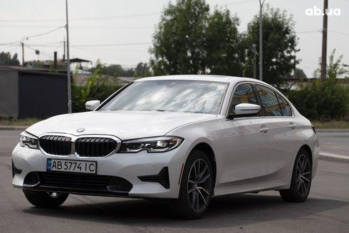BMW 3 серия 2019 белый - фото 1