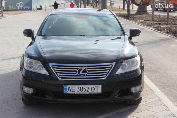 Lexus LS 2010 черный - фото 2