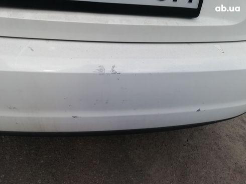 Volkswagen Passat 2014 белый - фото 14