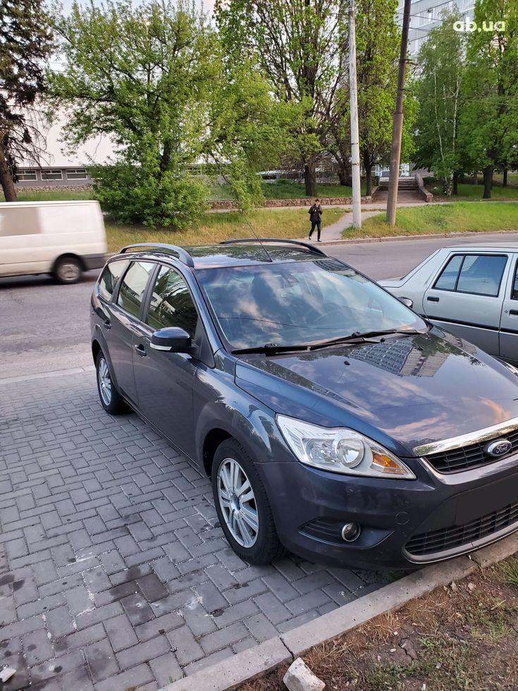 Ford Focus 2008 серый - фото 1
