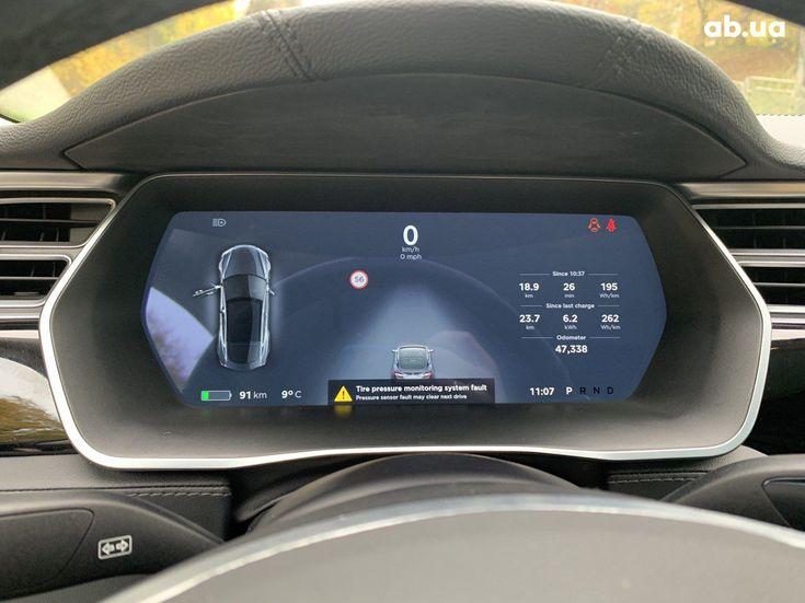 Tesla Model S 2015 серый - фото 8
