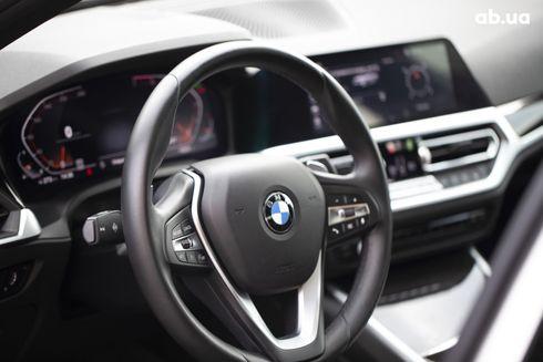 BMW 3 серия 2019 белый - фото 19