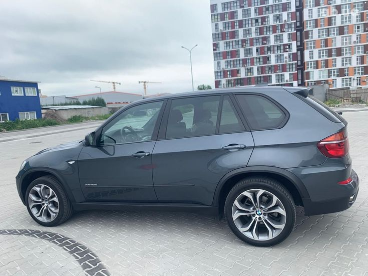 BMW X5 2011 - фото 14