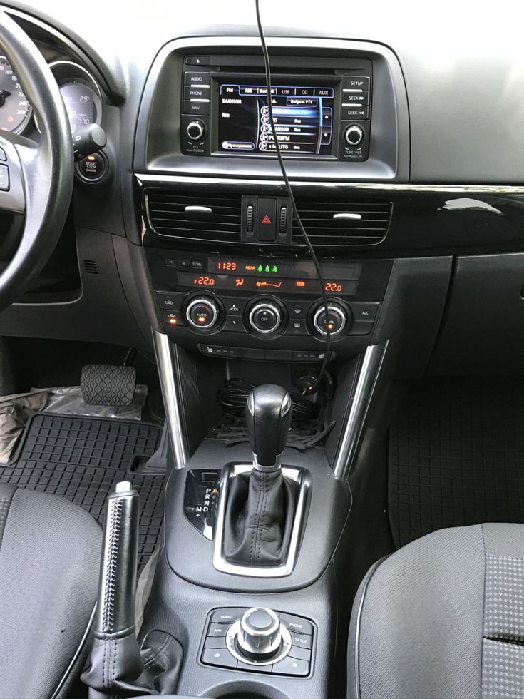 Mazda CX-5 2014 белый - фото 9