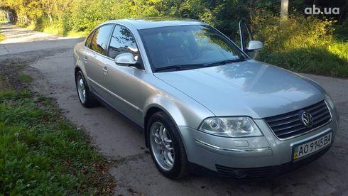 Volkswagen Passat 2003 серебристый - фото 10