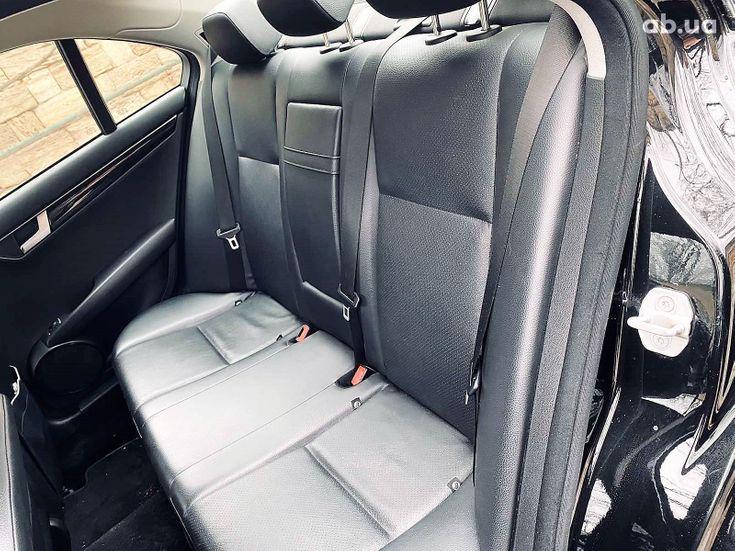 Mercedes-Benz C-Класс 2011 - фото 19