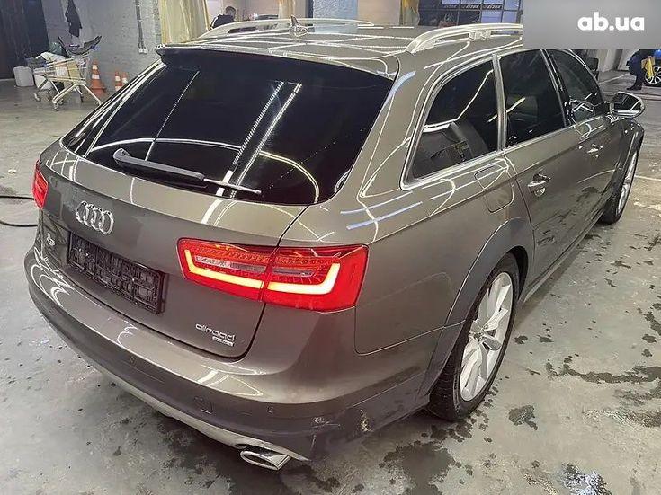 Audi A6 2015 коричневый - фото 9