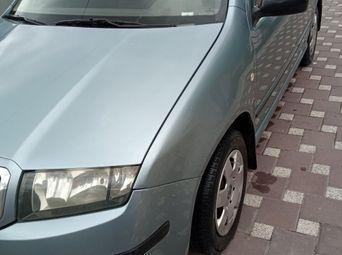 Авто Хетчбэк 2005 года б/у - купить на Автобазаре