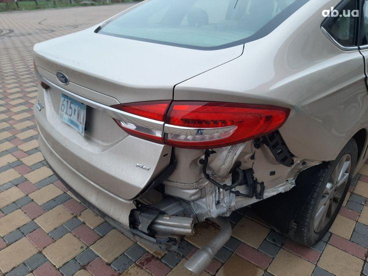Ford Fusion 2017 золотистый - фото 5
