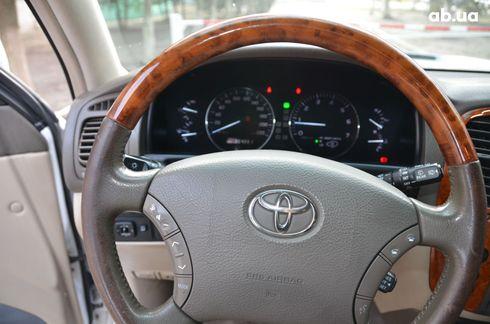 Toyota Land Cruiser 2004 - фото 8