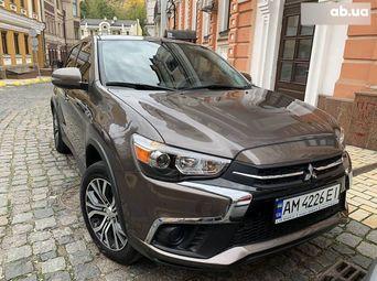 Автомобиль бензин Митсубиси ASX 2018 года б/у - купить на Автобазаре