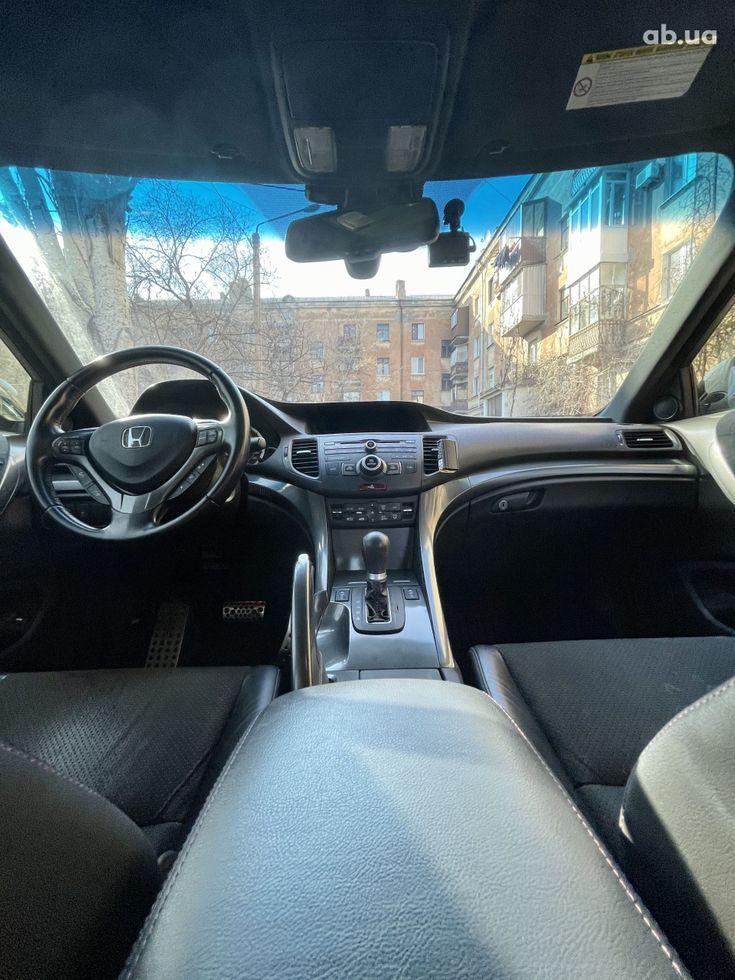 Honda Accord 2012 черный - фото 9