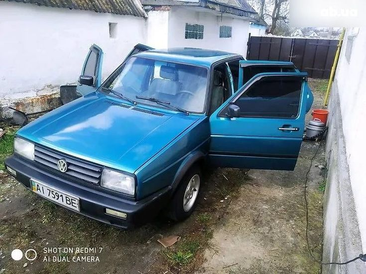 Volkswagen Jetta 1985 зеленый - фото 1