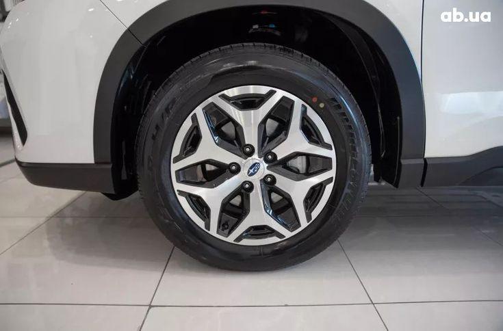 Subaru Forester 2021 белый - фото 7