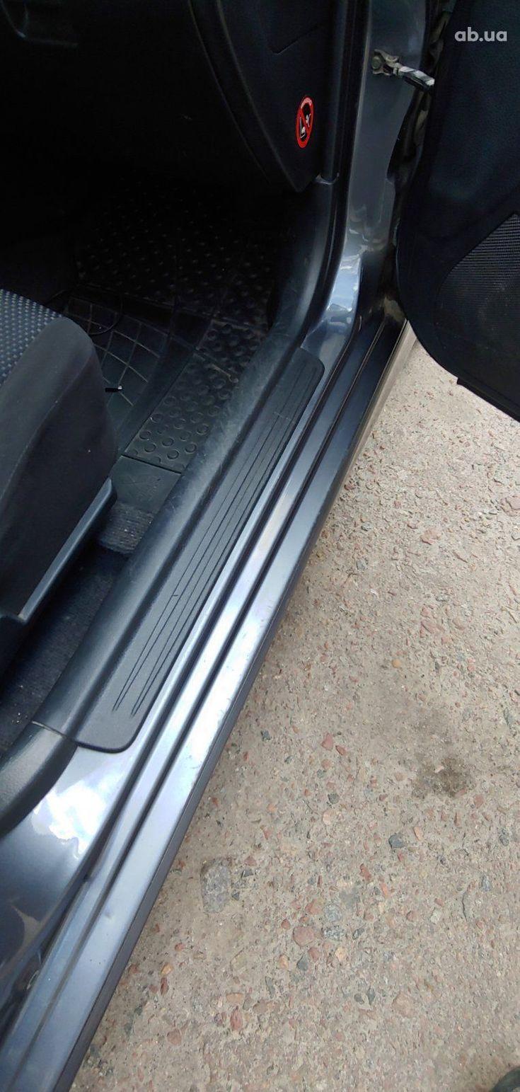 Mitsubishi Lancer 2005 серый - фото 5