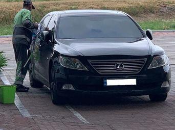 Автомобиль бензин Лексус LS б/у - купить на Автобазаре