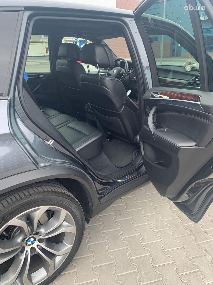 BMW X5 2011 - фото 16