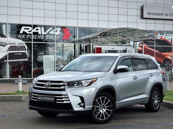 Продажа б/у Toyota Highlander 2019 года - купить на Автобазаре