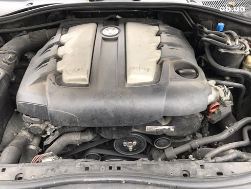 Volkswagen Touareg 2007 черный - фото 10