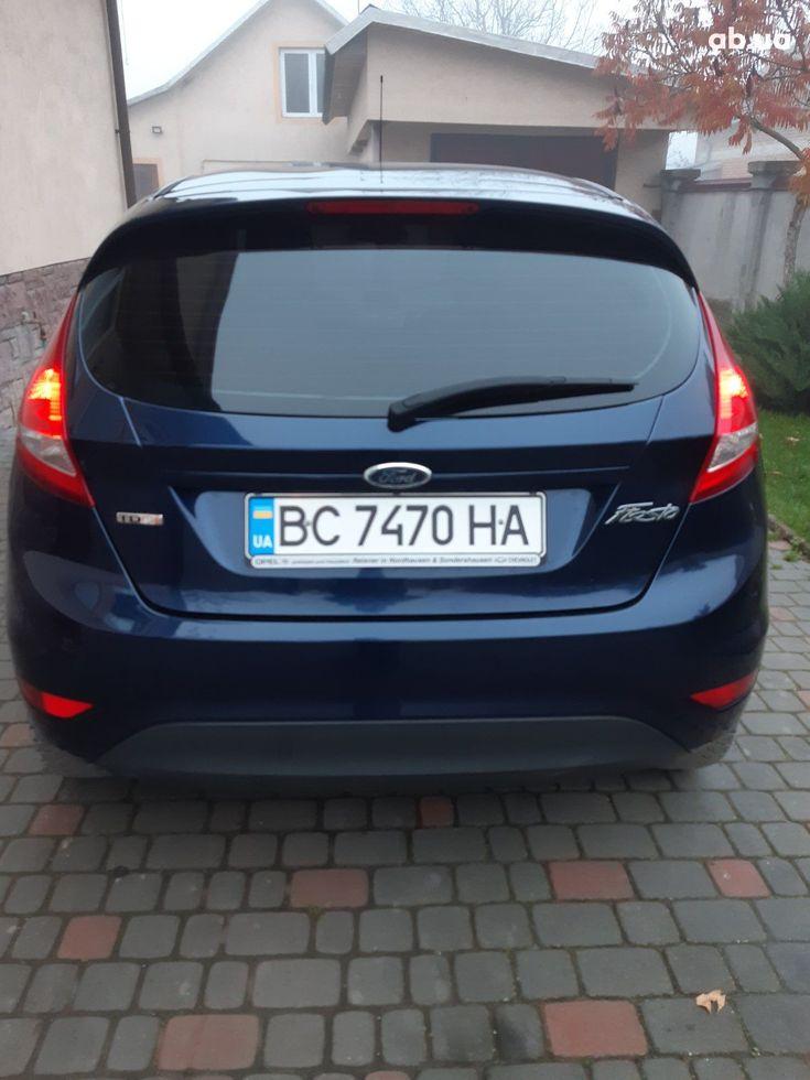Ford Fiesta 2011 синий - фото 5