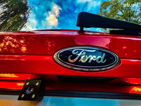 Ford Fiesta 2017 красный - фото 9