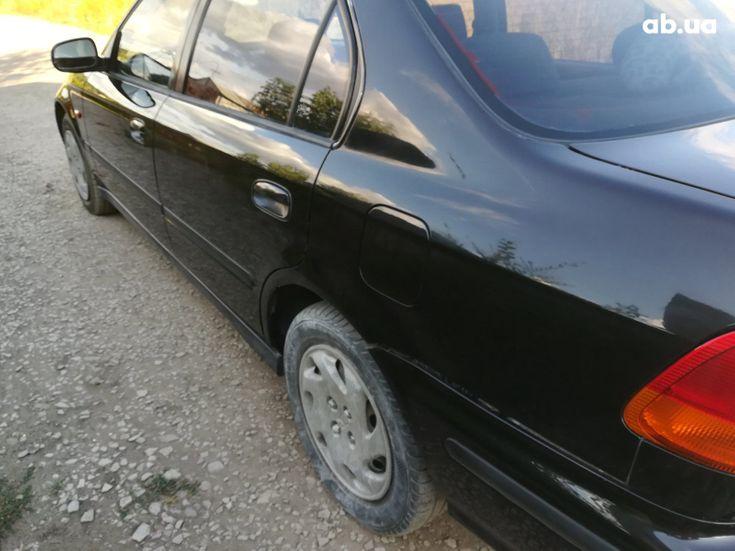 Honda Civic 1997 черный - фото 6