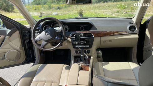 Mercedes-Benz C-Класс 2013 синий - фото 10
