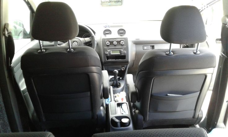 Volkswagen Caddy 2011 черный - фото 8