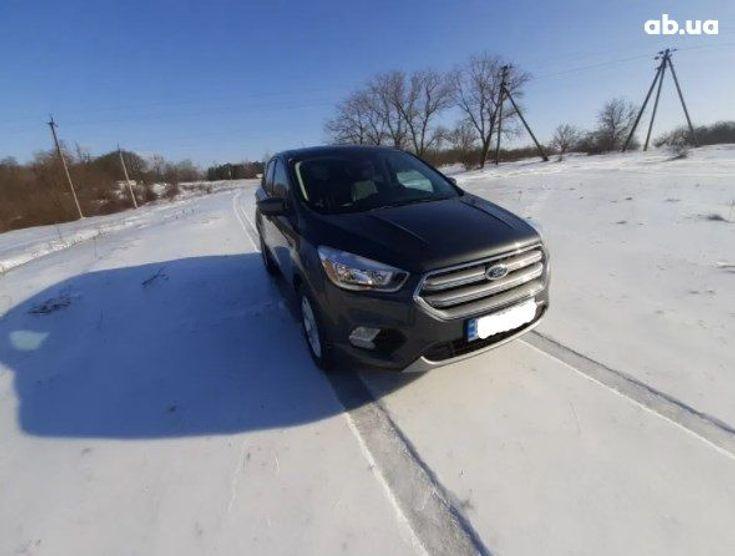 Ford Escape 2017 серый - фото 1