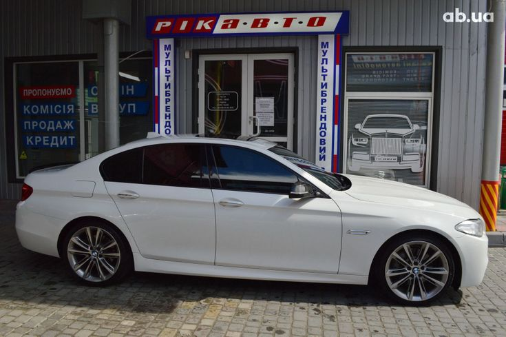 BMW 5 серия 2013 белый - фото 1