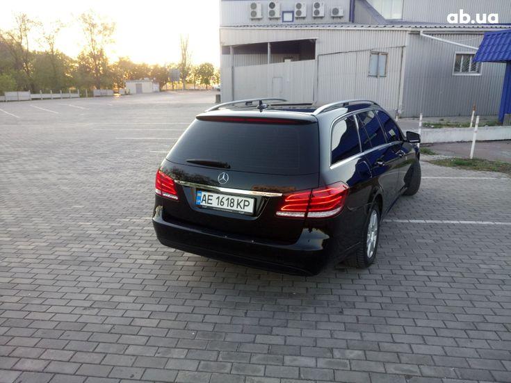 Mercedes-Benz E-Класс 2014 черный - фото 8