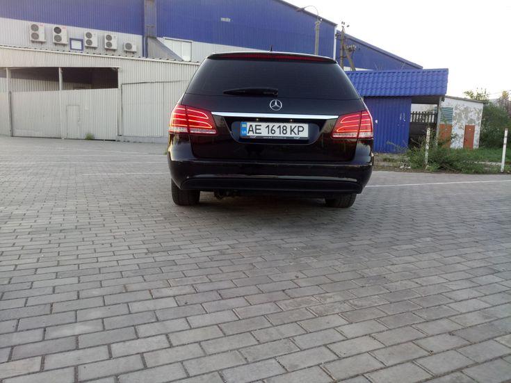 Mercedes-Benz E-Класс 2014 черный - фото 10