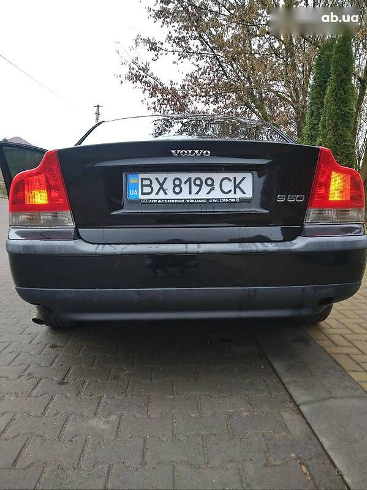 Volvo S60 2001 черный - фото 5