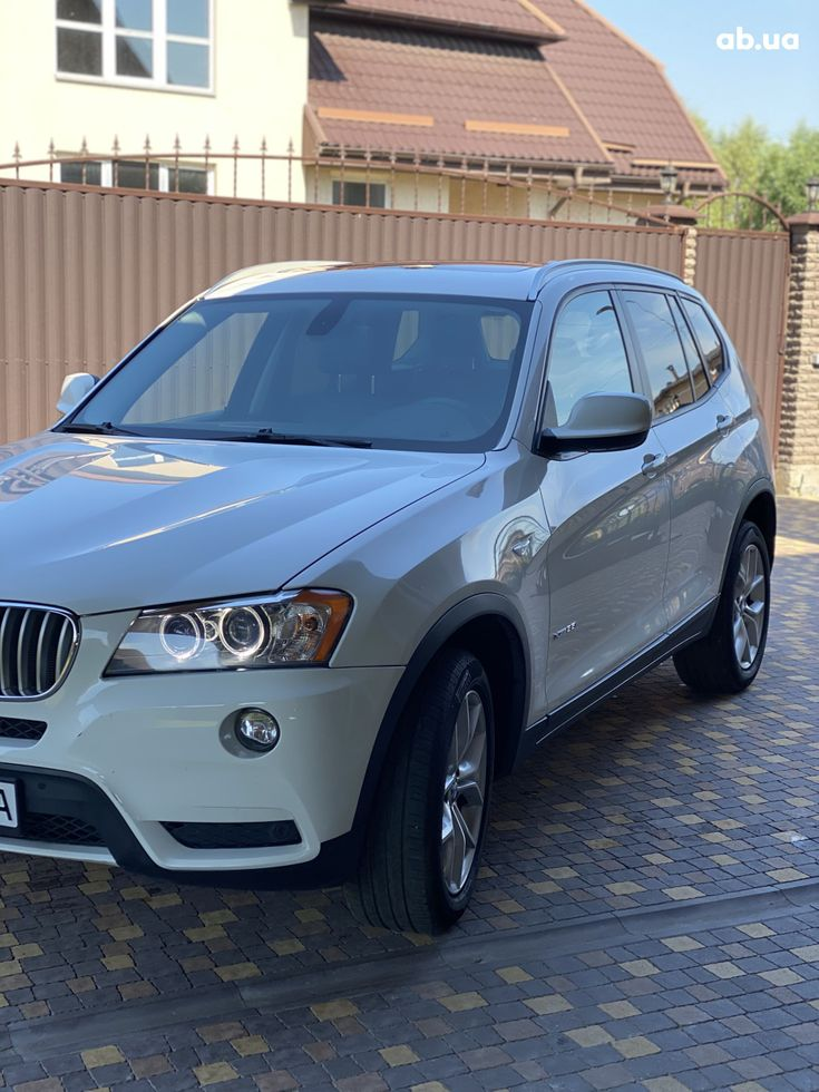 BMW X3 2011 белый - фото 1