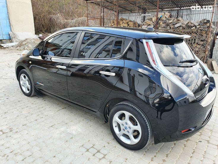 Nissan Leaf 2014 черный - фото 11