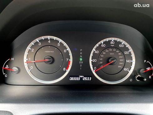 Honda Accord 2012 красный - фото 8