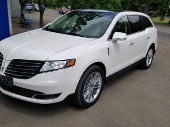 Продажа б/у Lincoln MKT - купить на Автобазаре