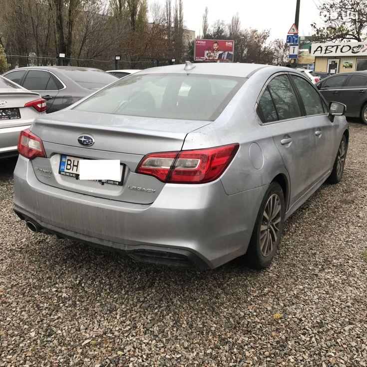 Subaru Legacy 2019 серебристый - фото 20