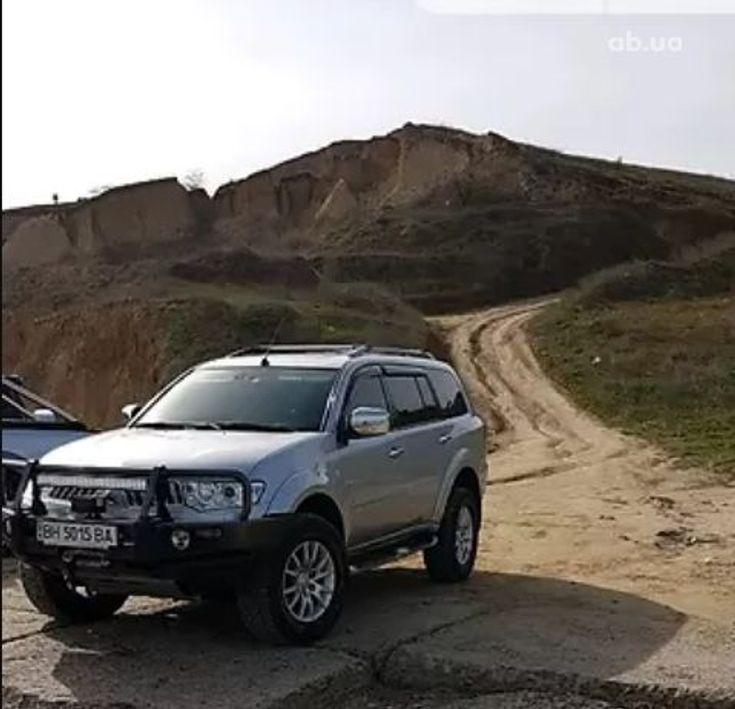 Mitsubishi Pajero Sport 2011 серый - фото 1